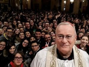 cardina-bassetti-alla-veglia-di-preghiera-dei-giovani-in-cattedrale-pg