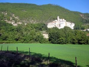 il-borgo-castello-di-postignano