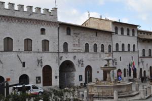 fontana-piazza-2