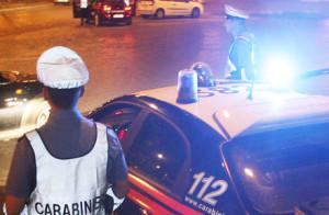 20070721 - CLJ - ROMA - CONTROLLI STATO ETILICO DA PARTE DEI CC pattuglie dei carabinieri nella notte svolgono servizio di prevenzione e controllo tasso etilico nella capitale a piazza albania. CLAUDIO PERI