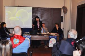 Il sindaco Stefania Proietti durante il breve intervento
