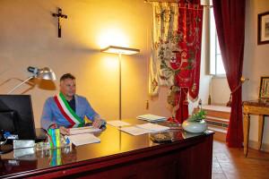 sindaco-zuccarini-ufficio