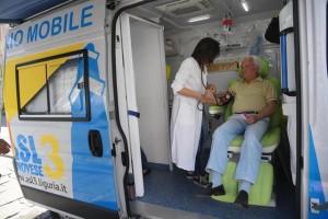 Salute: Ambulatorio Mobile ASL 3 in piazza a Genova contro il caldo