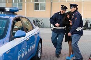 arresto donna copia