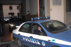 POLIZIA 10