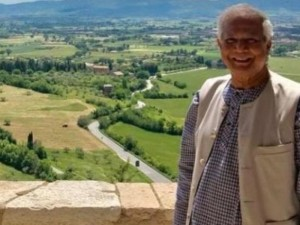 Muhammad Yunus a The Economy of Francesco