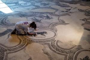 Villa Mosaici restauro