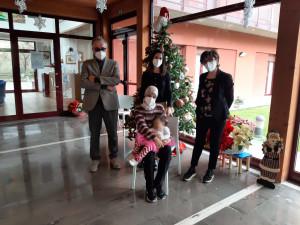 Franco e Luciana Chianelli con la paziente e la psicologa Letizia Cardinali